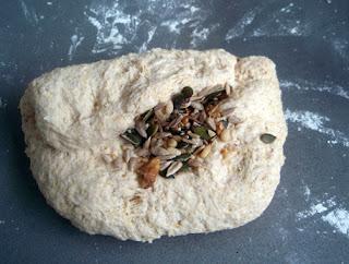 masa para hacer pan con semillas variadas