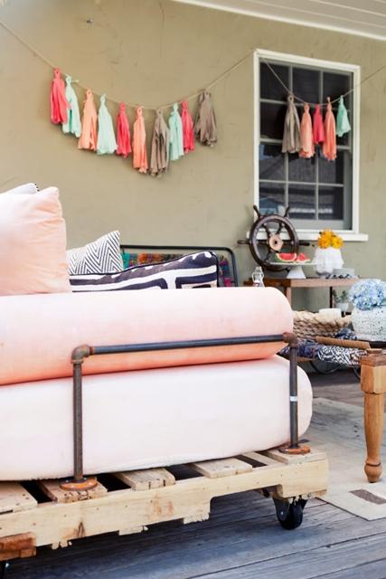 como fazer sofá pallets