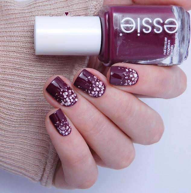 Essie Recessionista mit Pinking about You Valentinstag