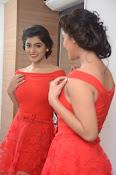 Yamini bhaskar new glam pics-thumbnail-20