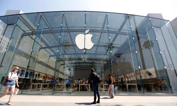 O iPhone 7 Plus ganhou 2,8 por cento de todas as vendas de smartphones na China em 2017, de acordo com a Counterpoint Research.