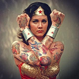 tatuando el pasado 9 mujer maravilla