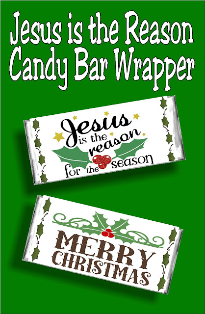 Candy bar cards are the perfect gift for everyone on your list. Give a sweet treat and a Christmas card with this beautiful printable candy bar wrapper.  #christmascard