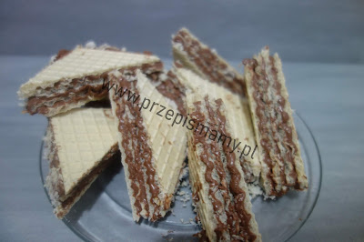 Wafle czekoladowo - orzechowe