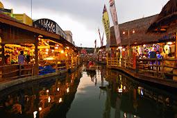Ayo Belaja di Tempat Wisata Pasar Apung Batu Malang