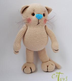 Кошка амигуруми вязаная игрушка