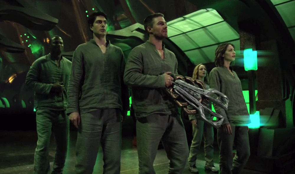 team arrow nave espacial dominators