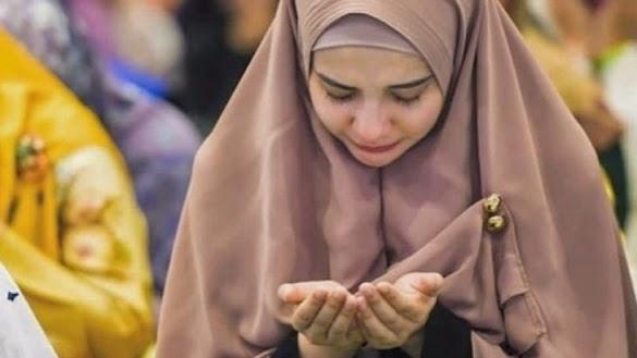 Apapun Masalahmu Berdoalah, Karena Allah Selalu Memílíkí Jawaban Atas Setíap Masalah yang Membelenggumu !