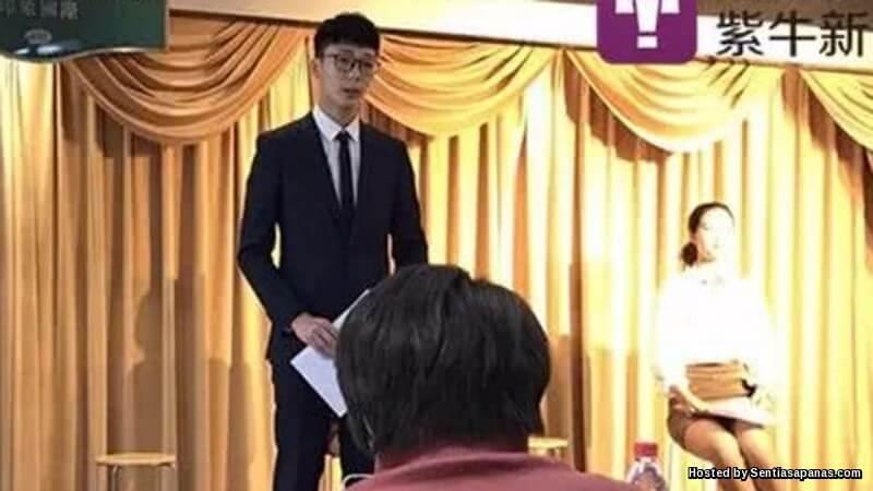 Lelaki Masuk Universiti Untuk Mencari Jodoh