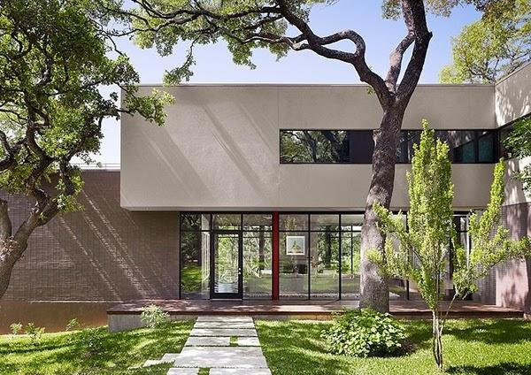 Renovasi Rumah Modern Bergaya Eropa