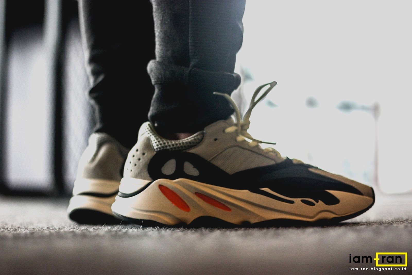c80f76207e7eb Sneakers   Adidas Yeezy Boost 700