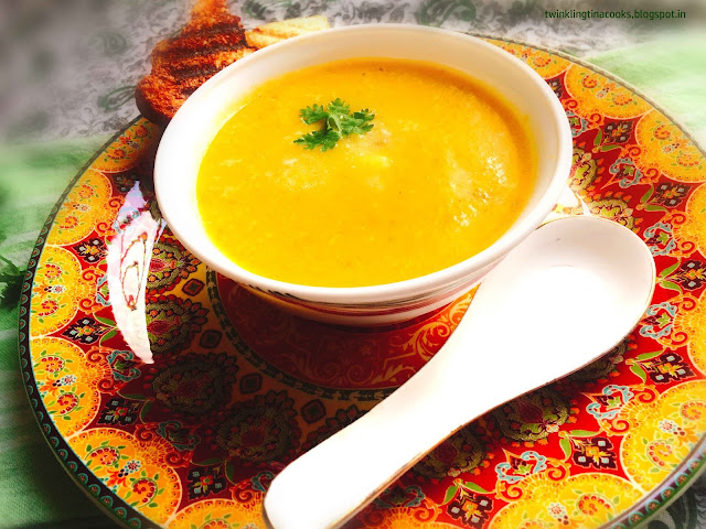 sweet potato carrot soup, soup , recipe, soup recipe, foodporn, foodphoto, soup, soupilicous, healthy soup, healthy eating, recipe, food blog, twinklingtinacooks, twinkling tina cooks