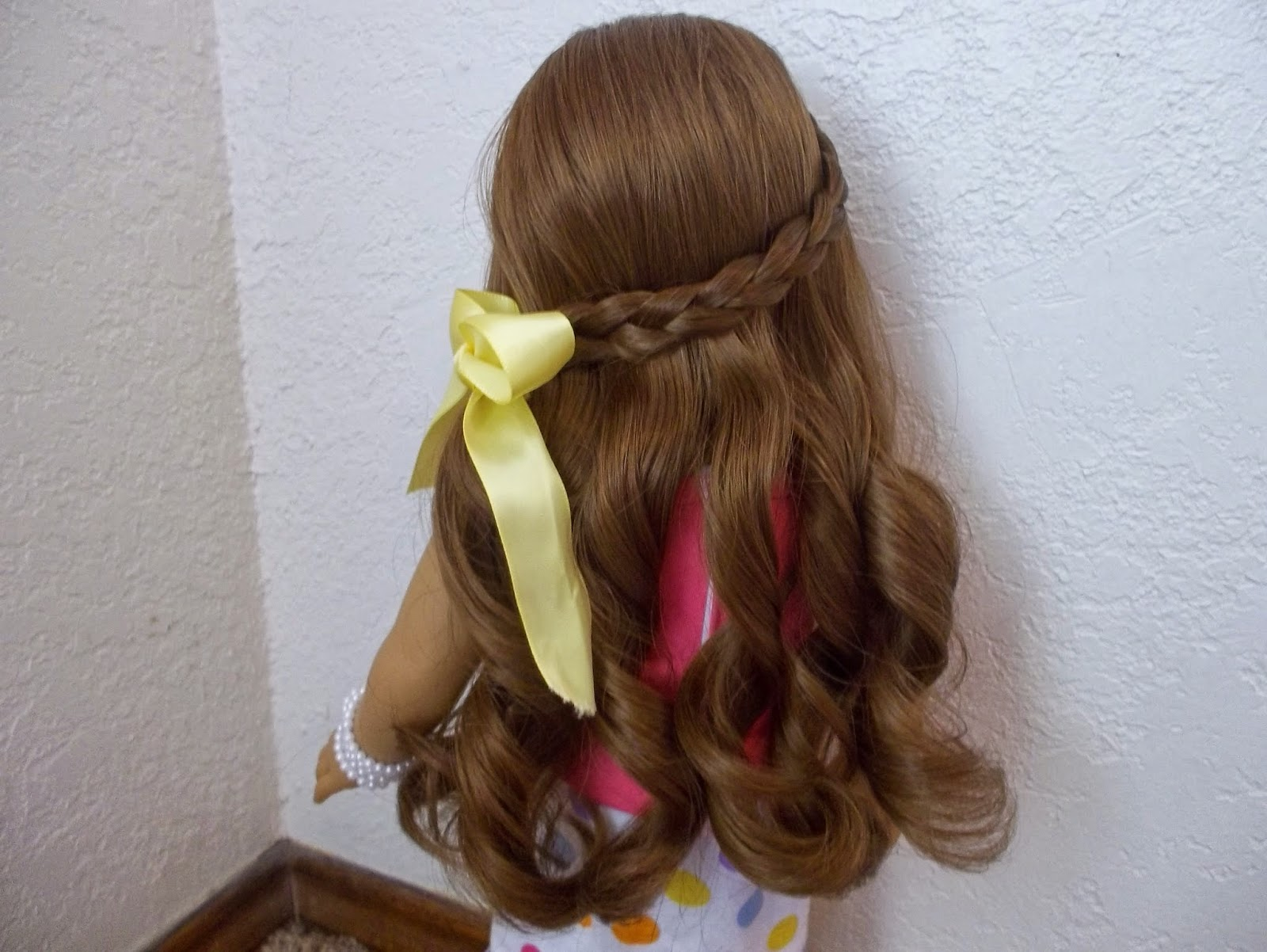 American Girl Chick Cute Spring Hairstyle