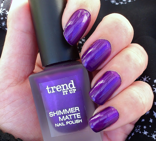 Trend-it-Up-Shimmer-Matte-Nail-Polish-050
