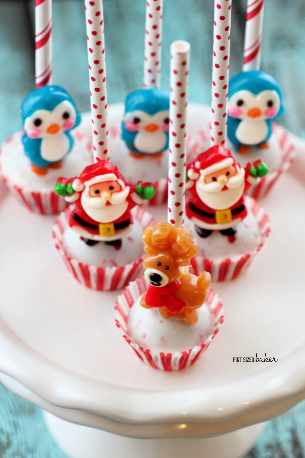 Easy Christmas Cake Pops - Pint Sized Baker