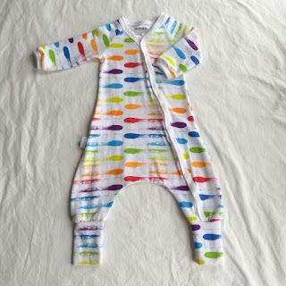 bebiskläder barnkläder färg regnbåge ekologiskt gots trikåtyg