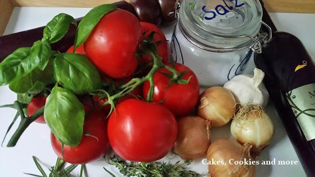 Frische Zustaten für das Schmortomaten Passata