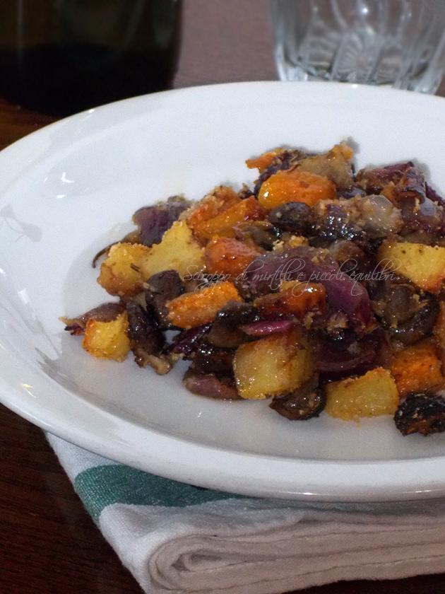 Zucca, funghi, patate e cipolla di Tropea al forno
