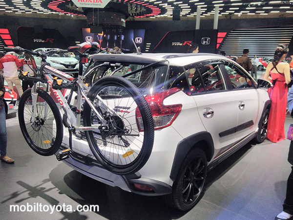 yaris Liek Toyota Indrapura Surabaya