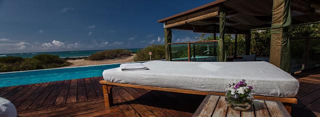honeymoon in galapagos islands