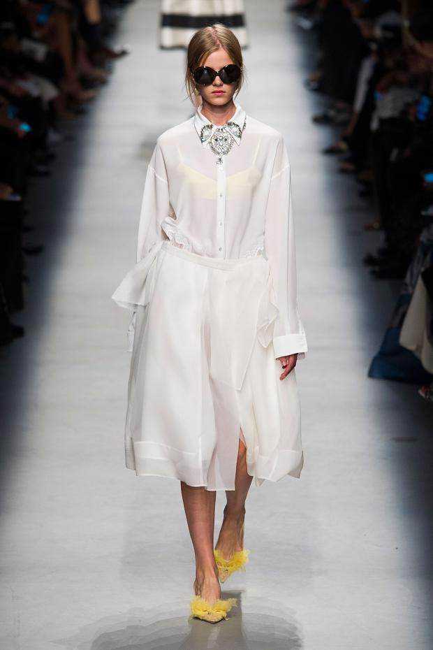 Rochas Spring-Summer 2016 Paris Fashion Week