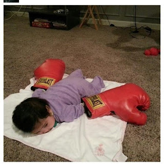 #Pacquiaoing viral photo- baby doing flanking