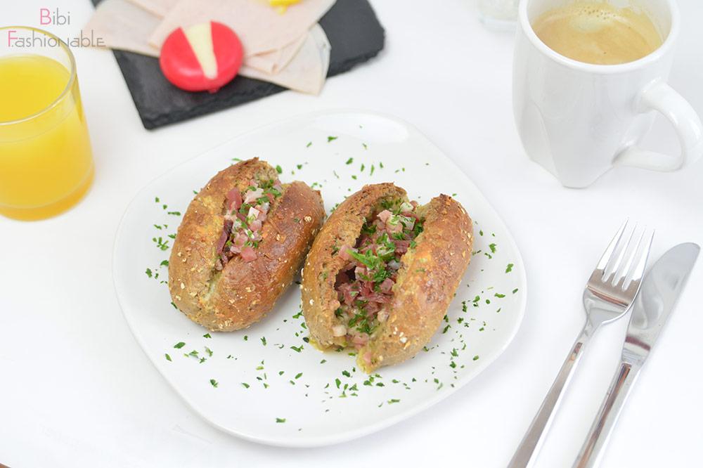 easygoingdish pikant gefüllte Frühstücksbrötchen oben