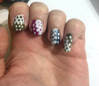 intricate_dots_nail_art