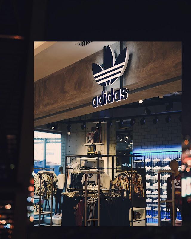 DCID 2 Adidas Store Neo Soho