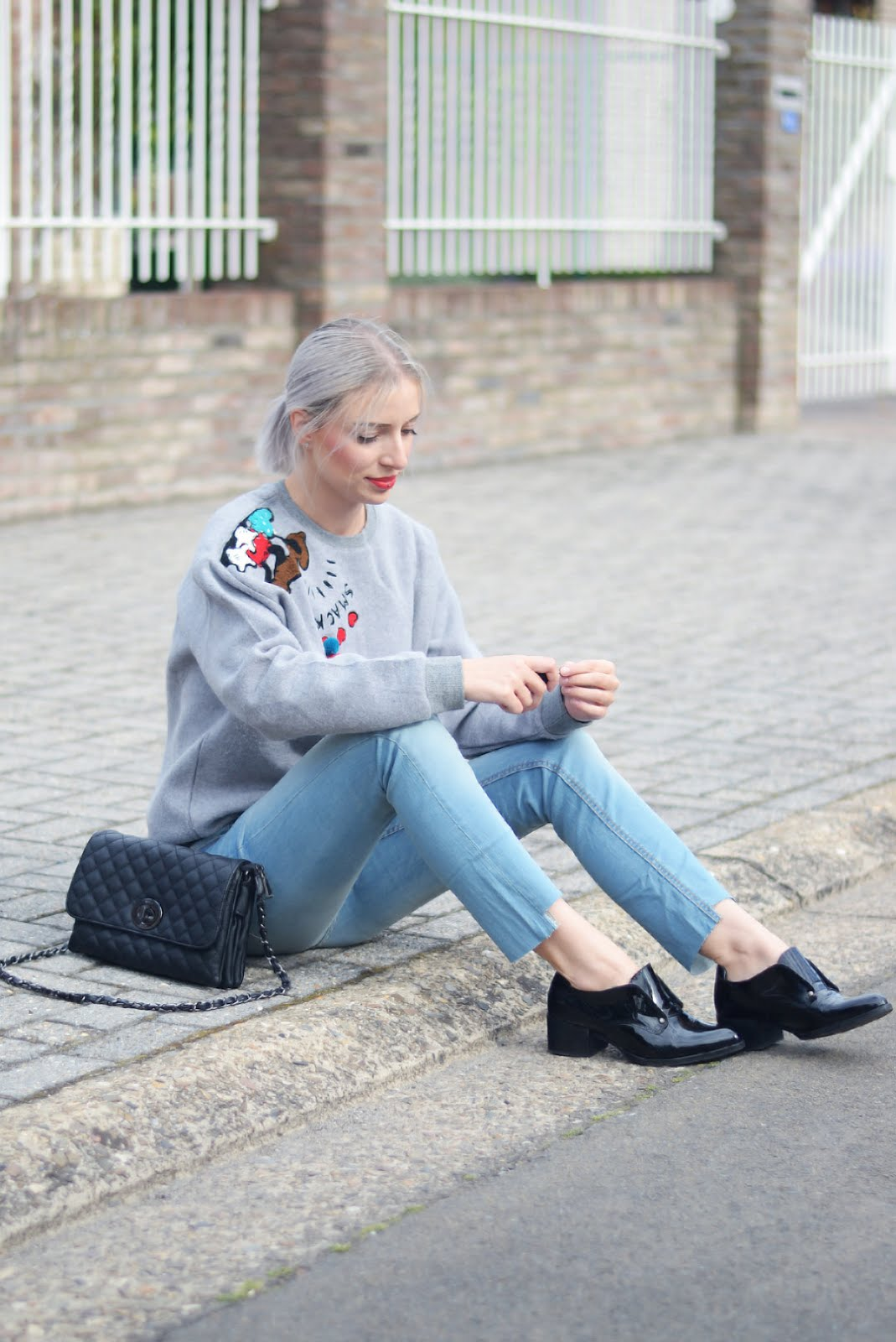 Disney sweater, beauty and bobs, marc b bag, sacha shoes, mango jeans, ootd