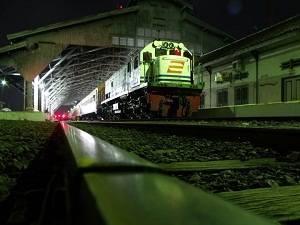 Kereta api hantu Stasiun Manggarai