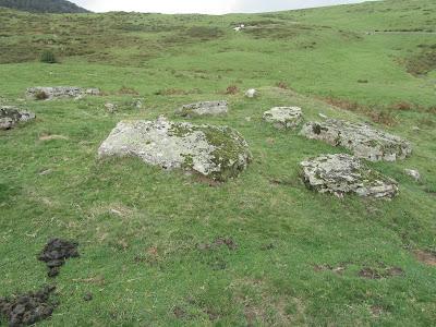 Parque Nacional de Irati - Valle de Aezkoa - Estación megalítica de Azpegi - Navara