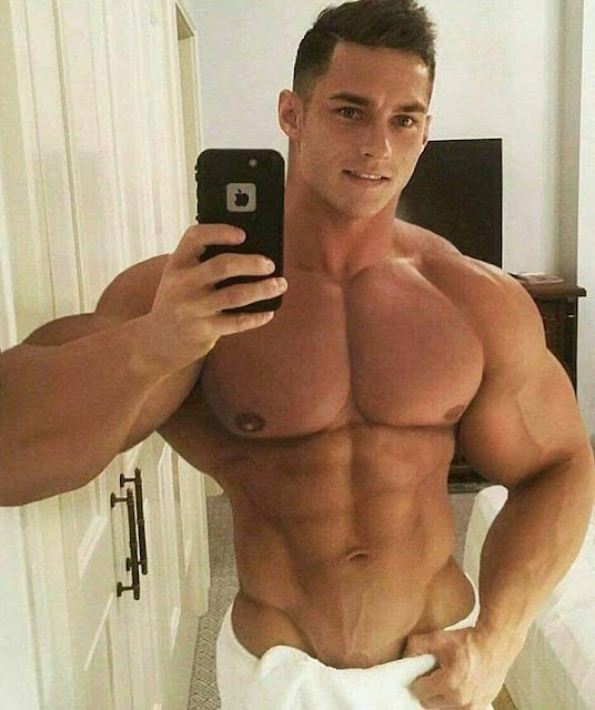 https://www.instagram.com/hotguys_sixpackabs/