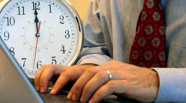 Sebuah Penelitian Menyebutkan Bahwa Stres Karena Terlalu Sering Bekerja Bisa Membuatmu Mati Muda