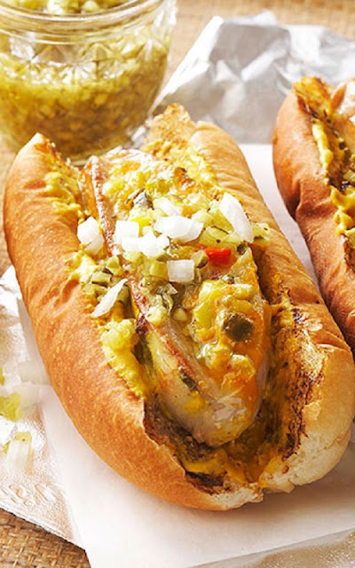 grilled jalapeno-cheese bratwurst sausages recipe