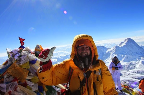 93dcba8091a6 Everest guide Dean Staples on his 9th summit of. Everest in 2013.