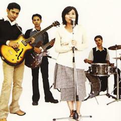 Download Lagu Mp3 Laluna