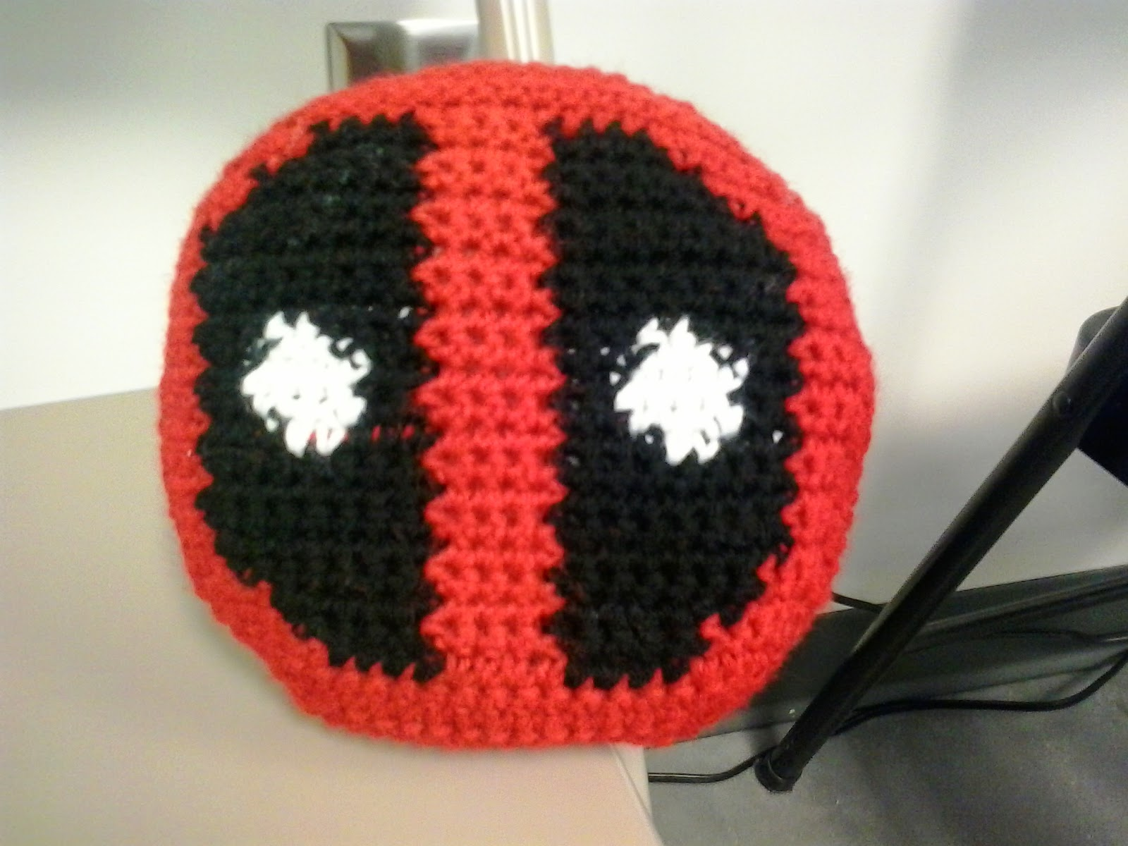 Crochet Fanatic  DEADPOOL PILLOW aec47e25299