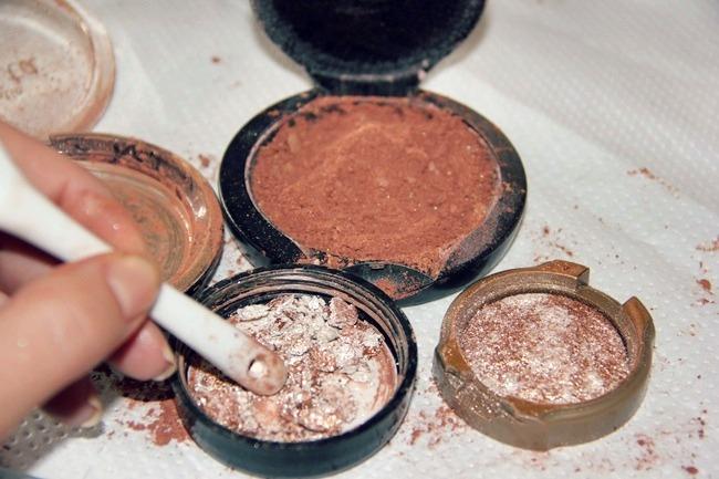 DIY shimmering bronzer