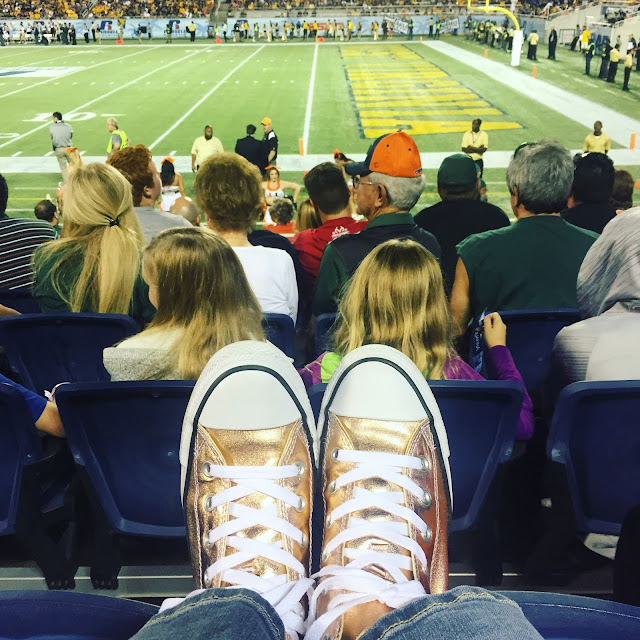 rose gold converse sneakers