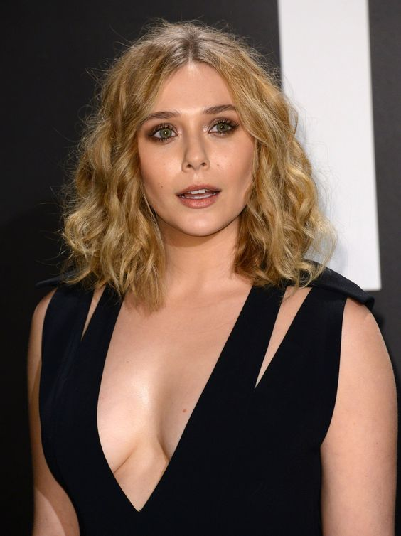 Elizabeth Olsen Looks So Hot in Black Outfit