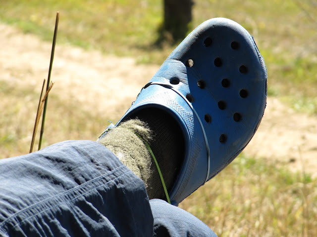 Hiking boots fail, rubber bands and crocs, one-size fits all