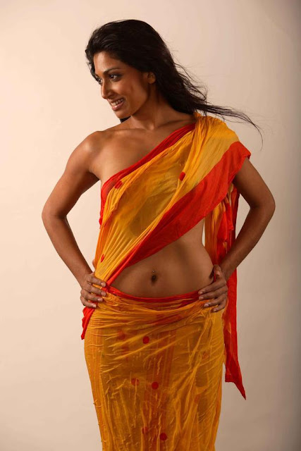 hottest-top-figure-indian-bhabhi-role