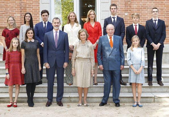 King Juan Carlos, King Felipe, Queen Letizia, Princess Leonor, Infanta Sofia, Infanta Elena, Infanta Cristina, Juan, Pabln, Irene and Miguel
