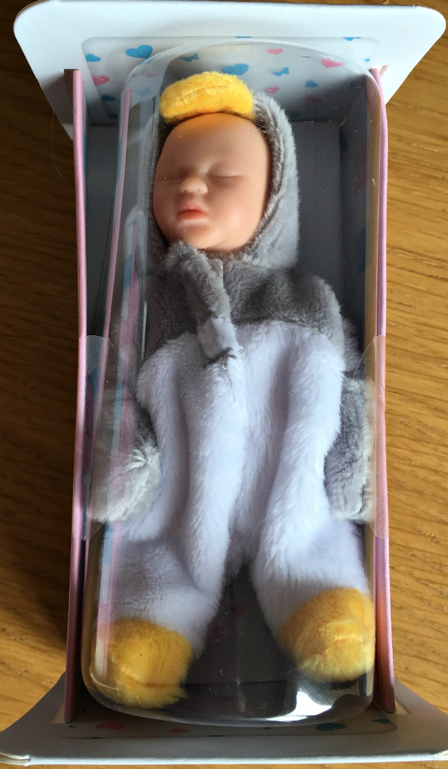 Tinsy-winsy-weeny-tots-baby-doll-in-box-sleeping-dressed-in-grey-and-white