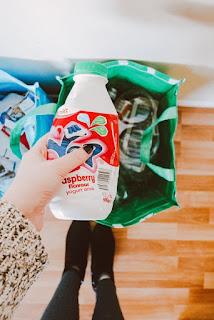 Toko 100 % Bebas Penggunaan Plastik Dari Pengemasan Sampai Penjualan