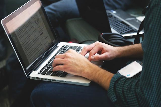 Inilah 7 Alasan Menggunakan Jasa Penulis Artikel