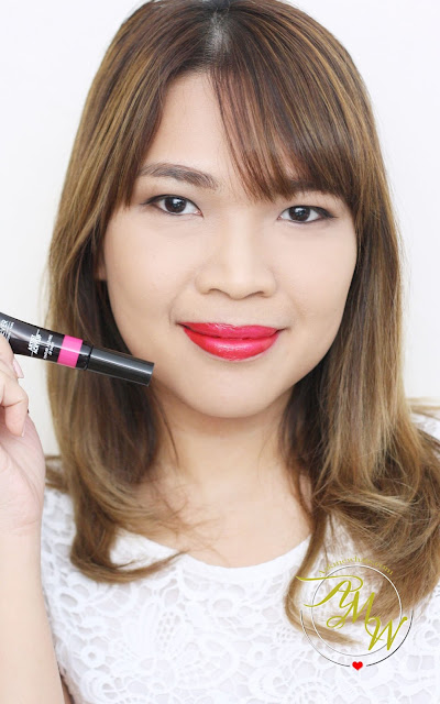 a photo of Make Up For Ever Fuchsia Pink (201) Artist Acrylip and Make Up For Ever Iconic Red (400) Artist Acrylip