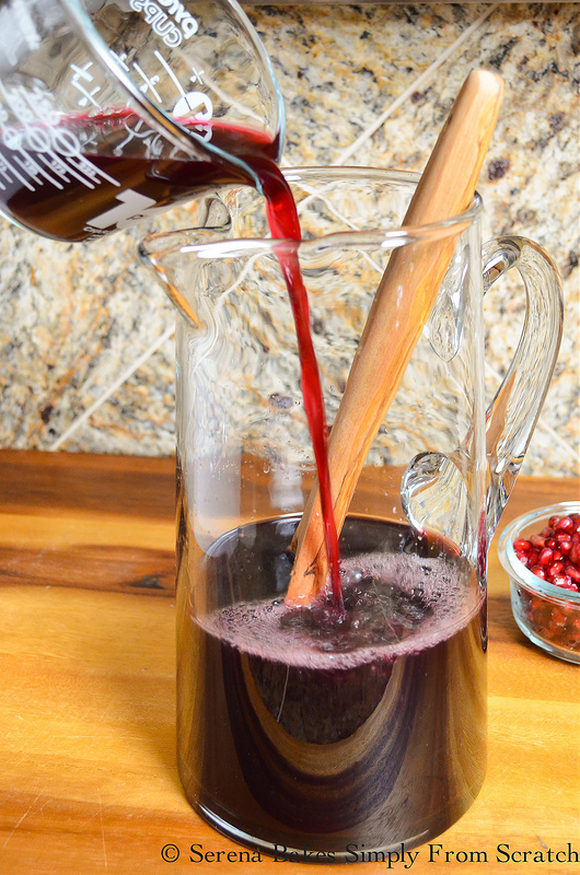 Red-Wine-Pomegranate-Sangria-Juice.jpg
