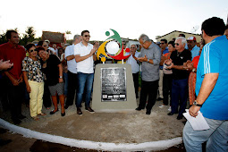Jackson entrega conjunto habitacional em Santa Rosa de Lima